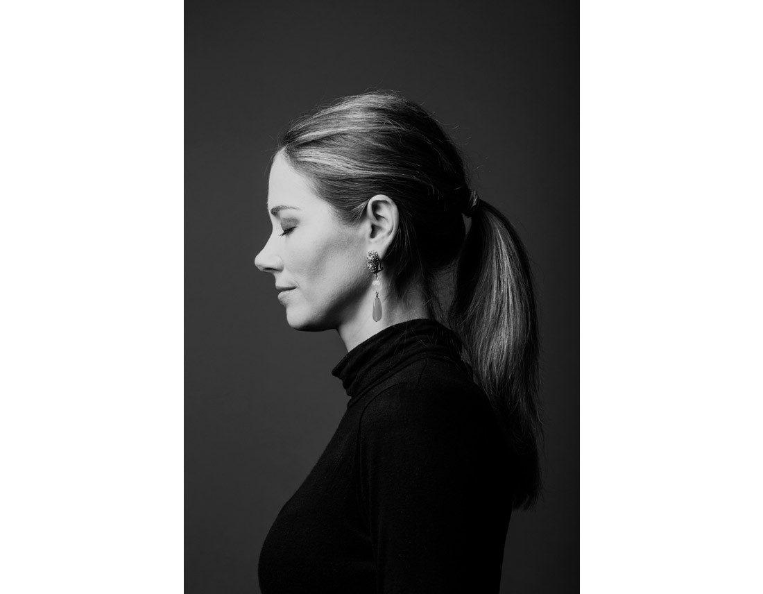 Profil d'une tres belle femme