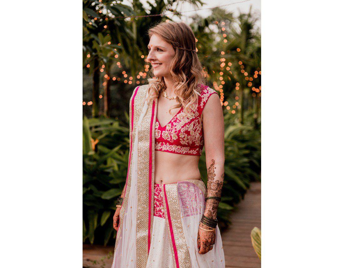 La mariée en sari rose.