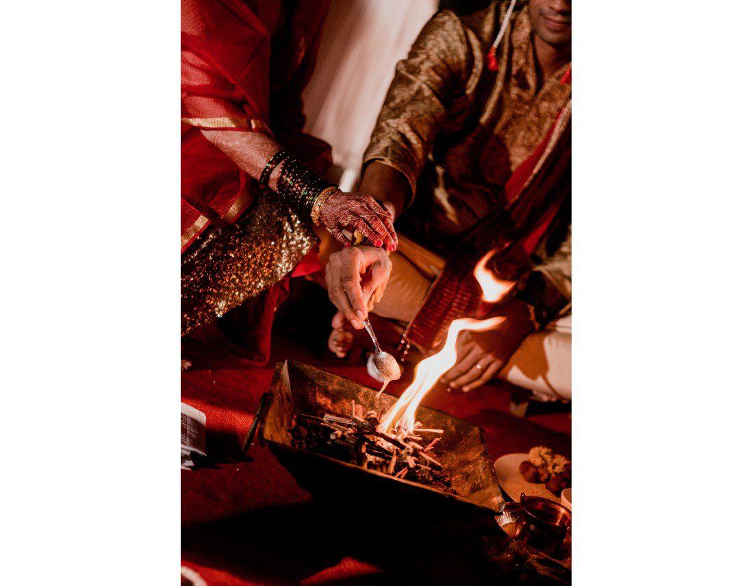 Cérémonie brahmane de mariage indien.