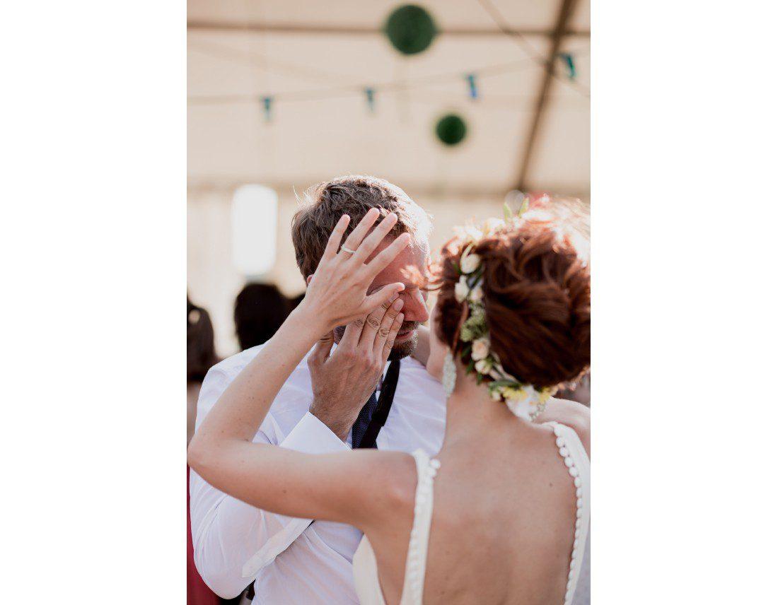 Emotion d'un invité a un mariage.
