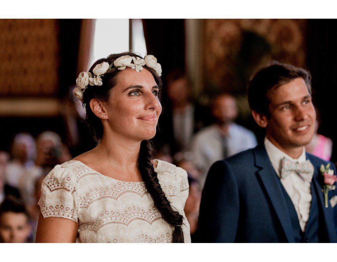 La mariée pendant la ceremonie civile Troyes.