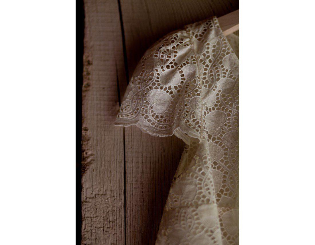 Detail de robe laure de sagazan mariage
