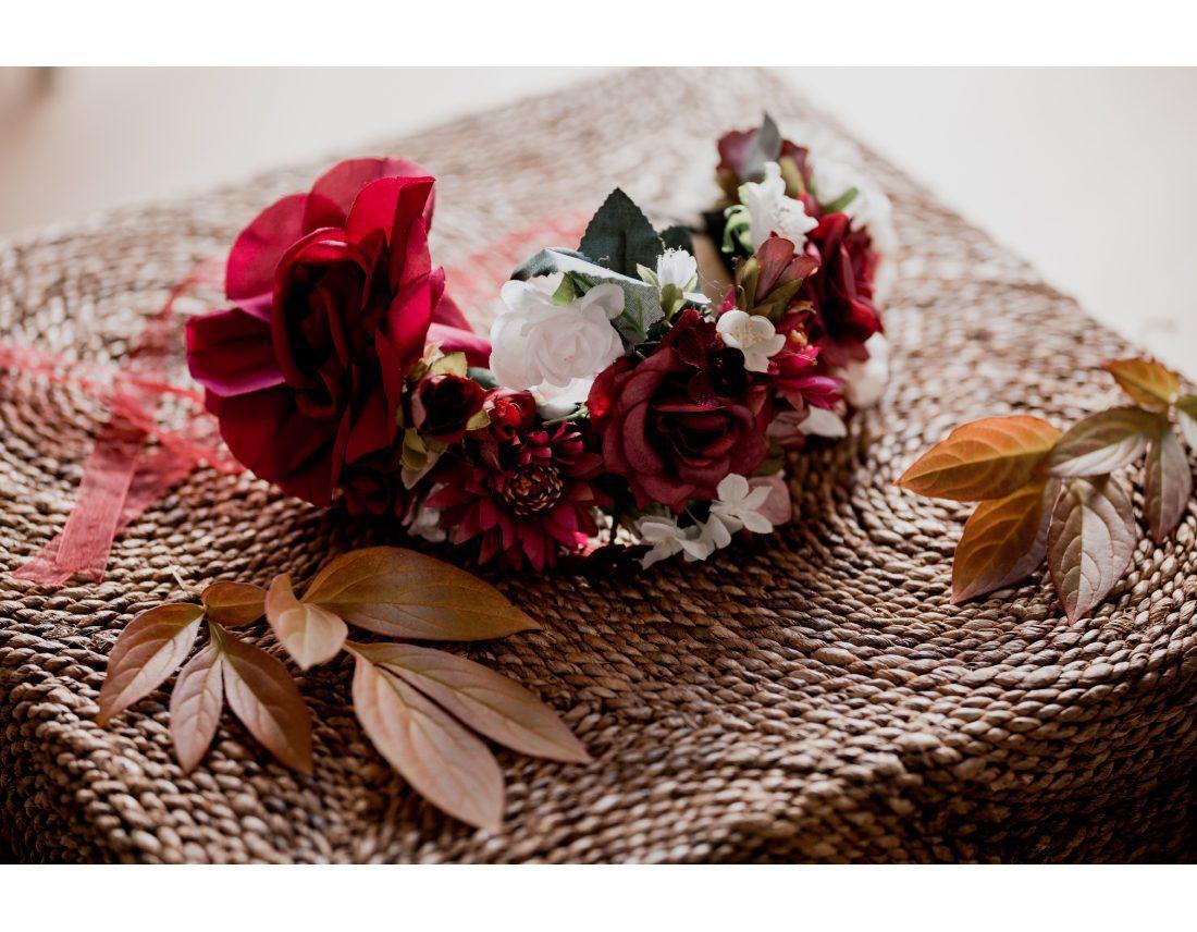 Couronne de fleurs de la mariée