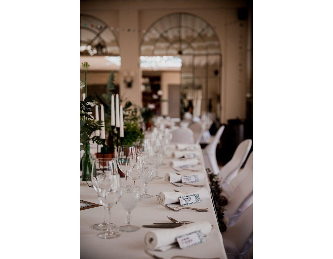 Decroration de table elegante au chateau de courban