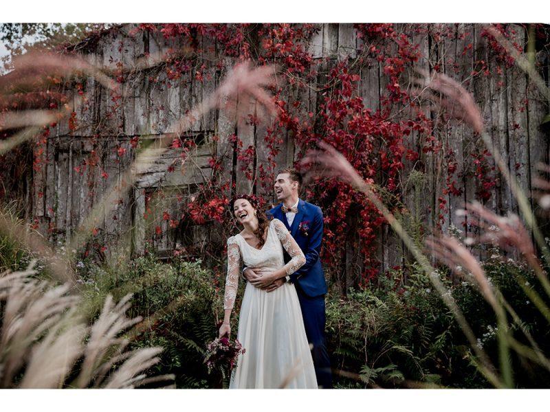 Couple au Domaine de la Haye d'Irée par Camille Collin.