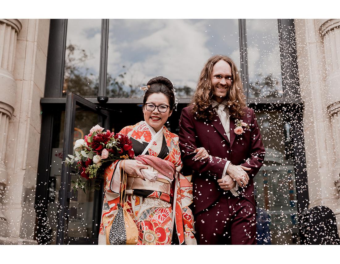 Cérémonie de mariage a la mairie du 12e arr de paris.